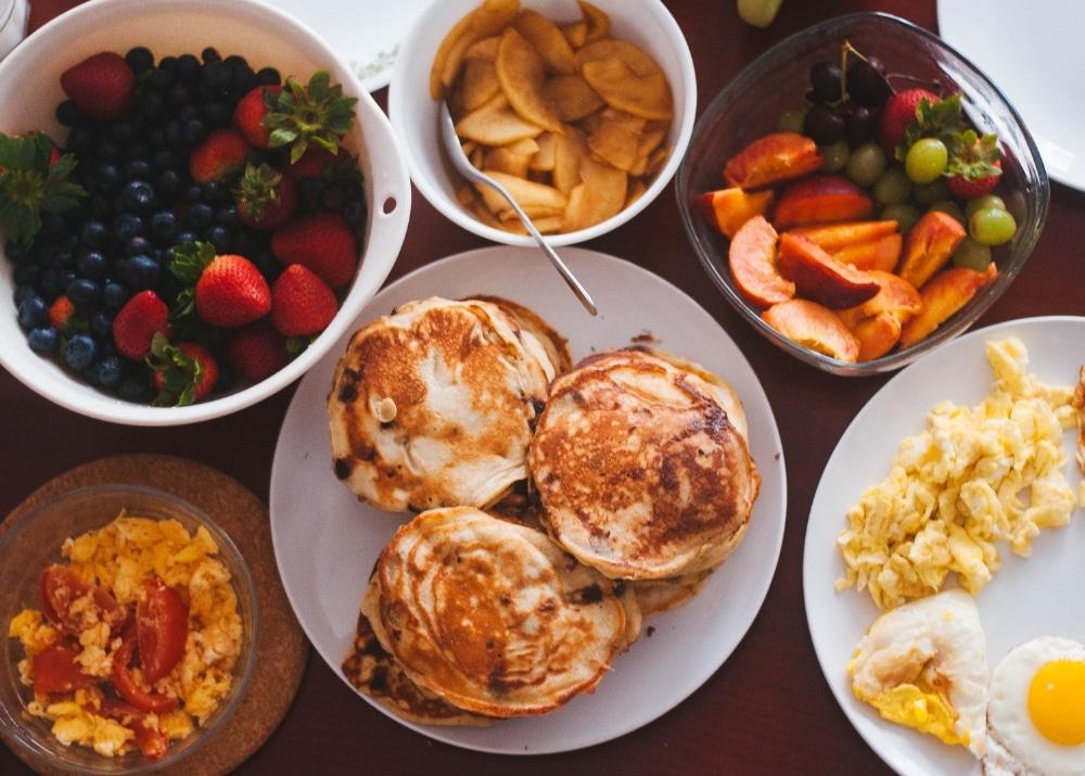 Apprendre à réguler son appétit : essentiel pour perdre du poids